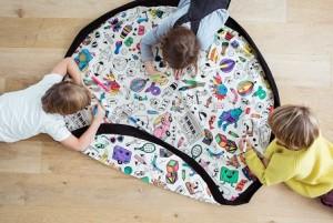 sac tapis de jeu à colorier